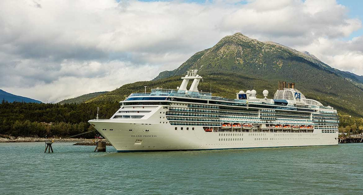 Island Princess Cruise ship